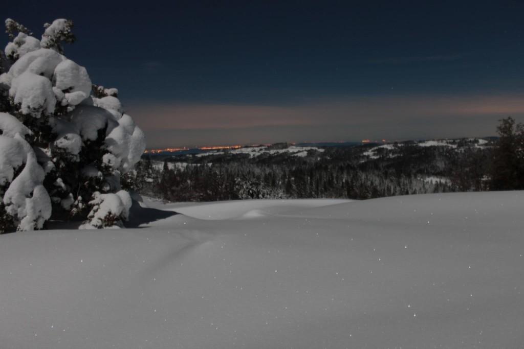 night snow valley